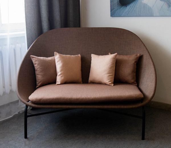 диванчик из текстилена в офис
