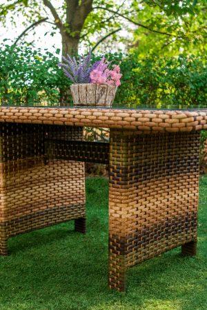 Плетёный стол для улицы Меланж