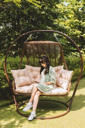Двухместное подвесное кресло недорого