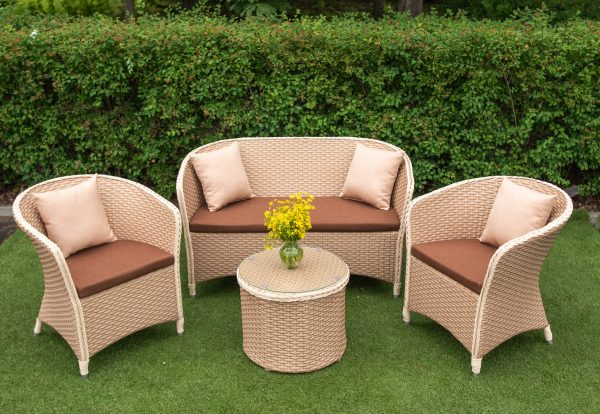 качественная и долговечная мебель для улицы