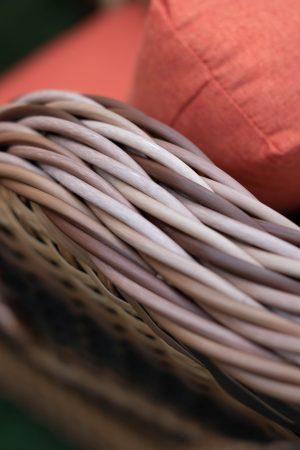 комбинированное плетение на подвесном кресле