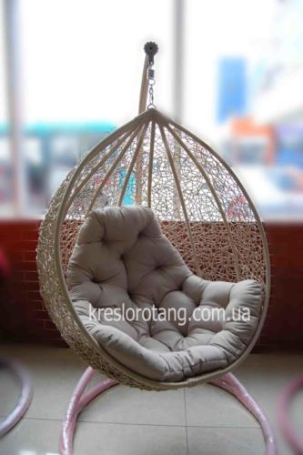 кресло-кокон с густым плетением Эмилия