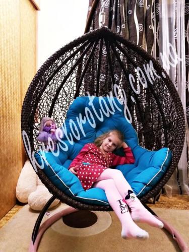 подвесное кресло Веста с ребёнком